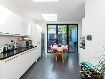 Photo for 3 bedroom apartment in fashionable Camden - only 20 mins to Soho (Veeve)