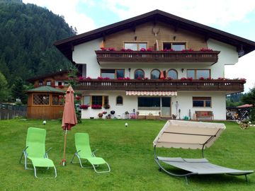 Alpin Lifestyle Appartmenthaus. Dogs are welcome