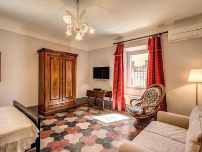 Photo for Apartment 995 m from the center of Rome with Internet, Air conditioning, Lift (740241)