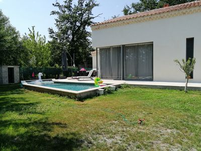 Photo for Villa Tia - At walking distance from village Le Thor