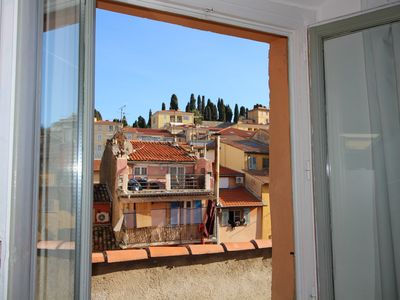"Photo for PANORAMIC VIEW ON THE ROOFTOPS OF THE ""OLD NICE"", BRIGHT, AIR-CO, 10' FROM BEACH"
