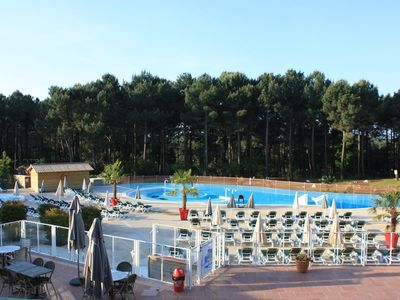 Photo for Apartment ground floor, 6 people, collective pool and activities, Lacanau Ocean