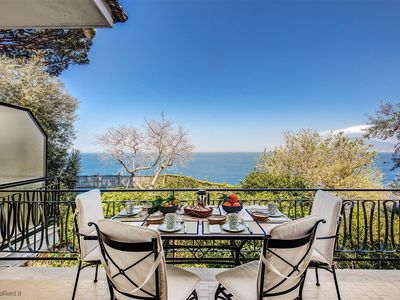 Photo for BEAUTIFUL APARTMENT IN WONDERFUL VILLA IN SORRENTO CENTER SEA FRONT
