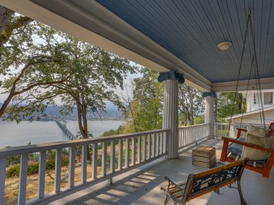 Photo for 5BR House Vacation Rental in White Salmon, Washington