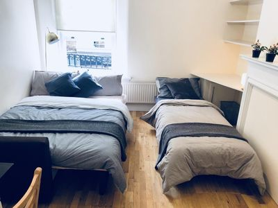 Photo for Spacious Apartment by Oxford Street (3 Bedroom Apartment)