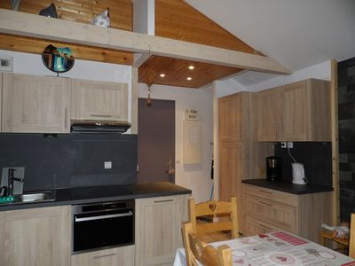 Photo for rent apartment renovated in Chatel 7/9 people