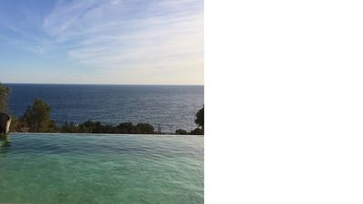 Photo for Residential villa with big swimming-pool in Antheor, Southern France