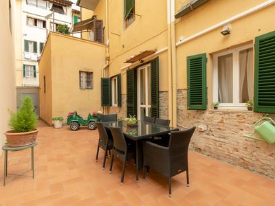 Photo for SANTA CROCE GARDEN APARTMENT FREE WI-FI, SELF CHECK-IN
