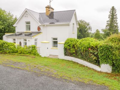 Photo for Buttercup Cottage, BALLINAMORE, COUNTY LEITRIM