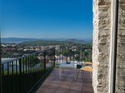 Photo for 2 bedroom apartment close to the center of Begur. Terrace, views and pool (Ref.H43)