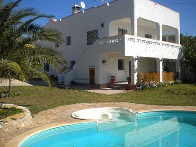 Photo for Villa with private pool and garden, 300 m. Of the sea and with WiFi