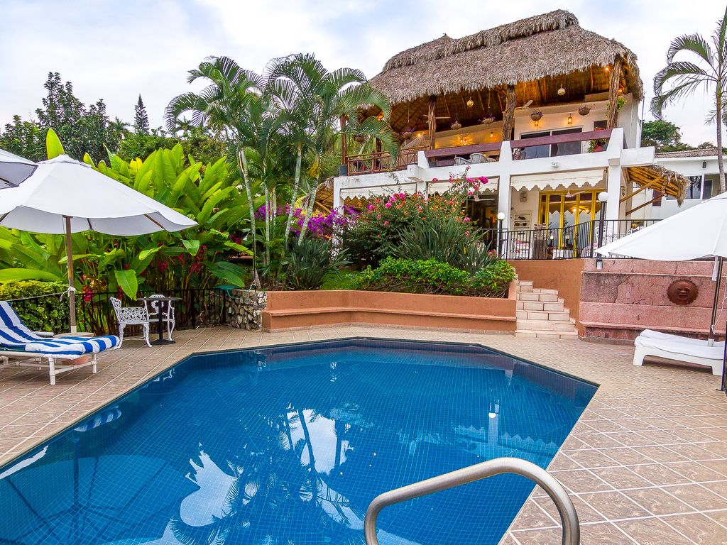 VILLA COPA DE ORO IS THE GOLD AT THE END OF VRBO - Copa luxury beach house for a relaxing vacation