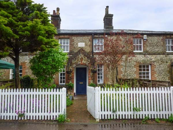 2 Station Cottages Pet Friendly In Wymondh Homeaway