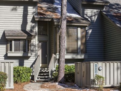 Photo for Harbourtown Vacation Rental, 2BR/2.5BA Inland Harbour Villa in Sea Pines Resort