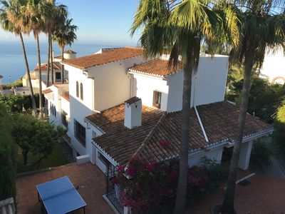 Photo for Spacious villa with private pool, sea view, green garden, Airco and Wifi
