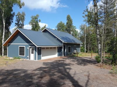 Photo for Beautiful & Spacious Lake Front Family Cabin - Pet Friendly/Kayaks/Fire Pit/Dock
