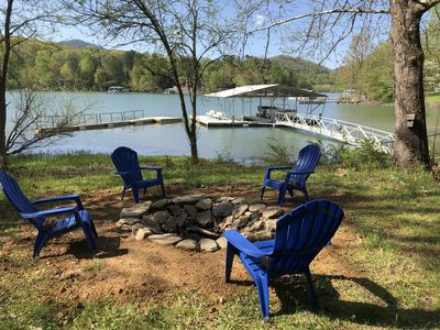 Photo for Lakefront on Lake Chatuge. Private dock, kayaks! Book 6 nights get the 7th free!
