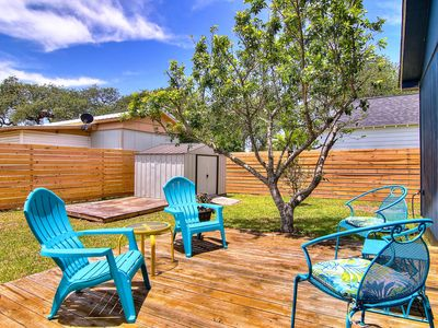 Photo for 5 minutes to Rockport Beach. Pet Friendly! Totally fenced back yard.