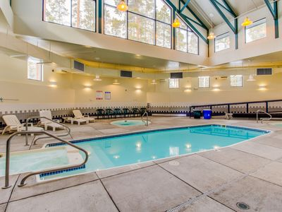 Photo for Cozy mountain condo w/ fireplace & shared pool/hot tub/game room/sauna!