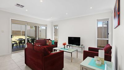 Photo for Glenfield Villa 28 - Sydney Modern 4 Bdrm, Spacious and Affordable for Groups