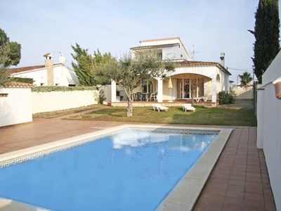 Photo for Magnificent Villa with private pool on large plot unlimited free wifi