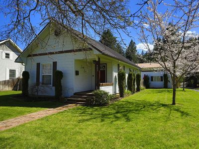 Photo for COTTAGE IN DOWNTOWN COEUR d'ALENE