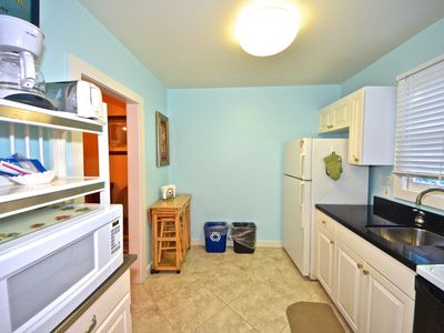 Photo for Cute, dog-friendly cottage w/ patio - walk to shops, restaurants & nightlife!