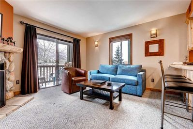 Relaxing living room - Park City Lodging-Powder Pointe 201B
