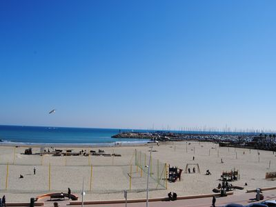 """Photo for Facing the sea the """"244 BEACH"""" in the center of PALAVAS-LES-FLOTS."""