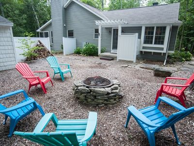 Photo for Quintessential Door County cottage just steps from the water!