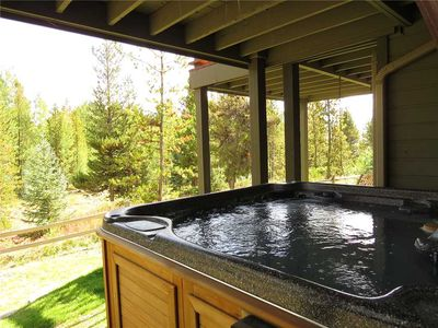 Photo for Private Hot Tub, Garage, Near Lake Dillon and Rec Path. Minutes to Marina, Activities, Shops, Dining