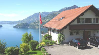 Photo for Nice apartment with free view on Lake Lucern and the mountains