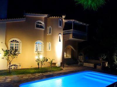 Photo for Dream villa with private pool + sea view, for holidays/Athens trips. €280.-/night