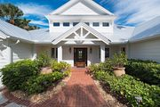 Waterfront Beach House ~ Walk to 3rd Street Shopping & Dining