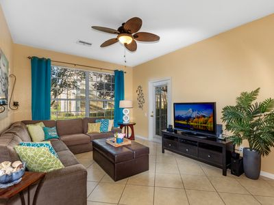 Photo for 3 miles to Disney, 1st Floor, Gated Resort, Roomy, Comfy & Quiet