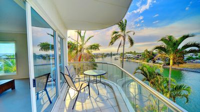 Photo for 3br Spacious Broadbeach Lakefront Apartment