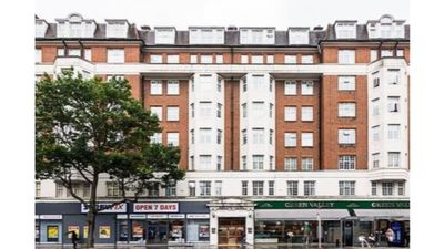 Photo for Kenton Court  · Amazing One Bedroom Apartment In Kensington