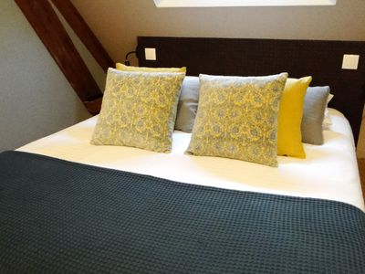 Photo for Cozy family suite up to 5 people, at the gates of Bayeux