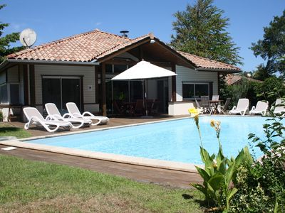 Photo for Superb villa -5 bedrooms-private heated pool-wifi near beach and gulf-