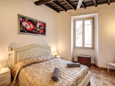 Photo for TRASTEVERE CHARME APARTMENT