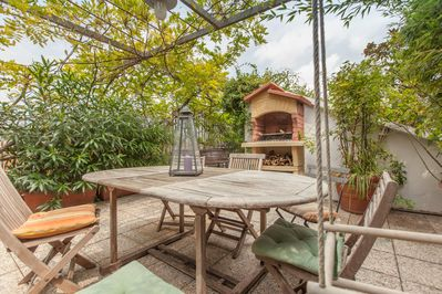 DREAM GRADEN Terrace house Terrace with swing and barbecue