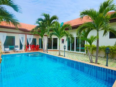 Photo for 4-Bdr Villa with Private Pool and Beach
