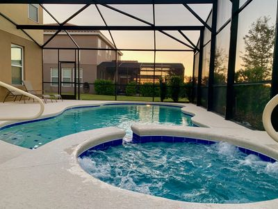 Private pool/spa - wifi - Resort with lazy river 15 min to Disney