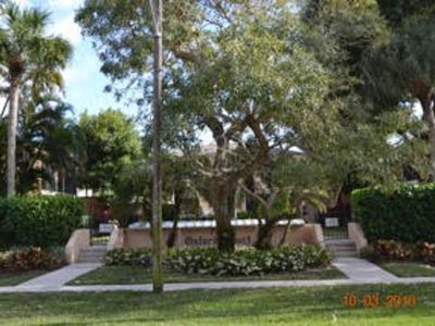 Photo for Charming Condo In Old Naples, Fl