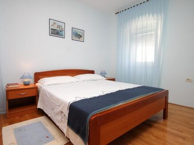 Photo for One bedroom apartment with air-conditioning Mali Lošinj, Lošinj (A-7979-a)