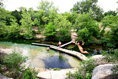 2 Miles from Jacob's Well Natural Area - One of the top 10 swimming holes in Texas!