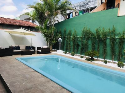 Photo for Pousada Quadruple Suite w / Pool, Air Cond and Netflix - 100m from the sea