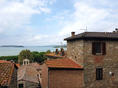 Photo for Between history and tradition - Lake Trasimeno