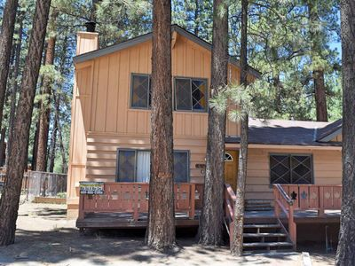 Photo for Bear's Den: Walk to Snow Summit! Hot Tub! Fenced Yard! Cable TV! Affordable! Location!