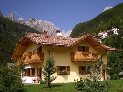 Photo for Very bright apartment just steps from Lake Molveno